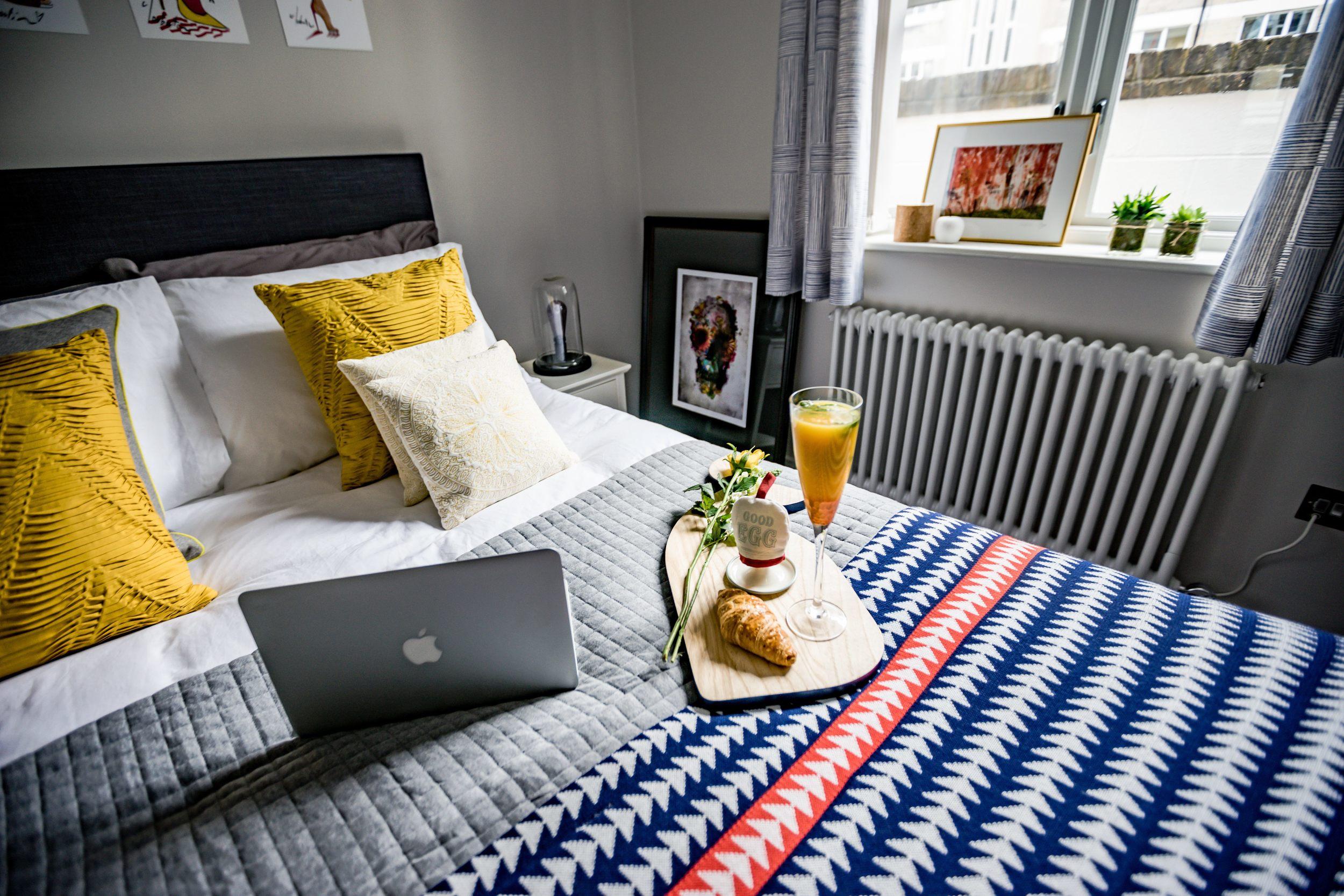 Bedroom1-6.jpg