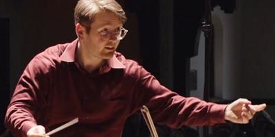 Chris conducting.png