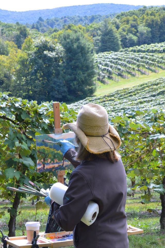 Jennifer painting the vineyard at Chateau Morrisette during the Quick Draw.