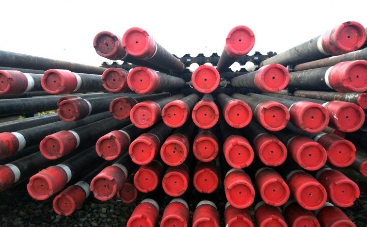 tlouoil-and-gas-drilling-pipe.jpg