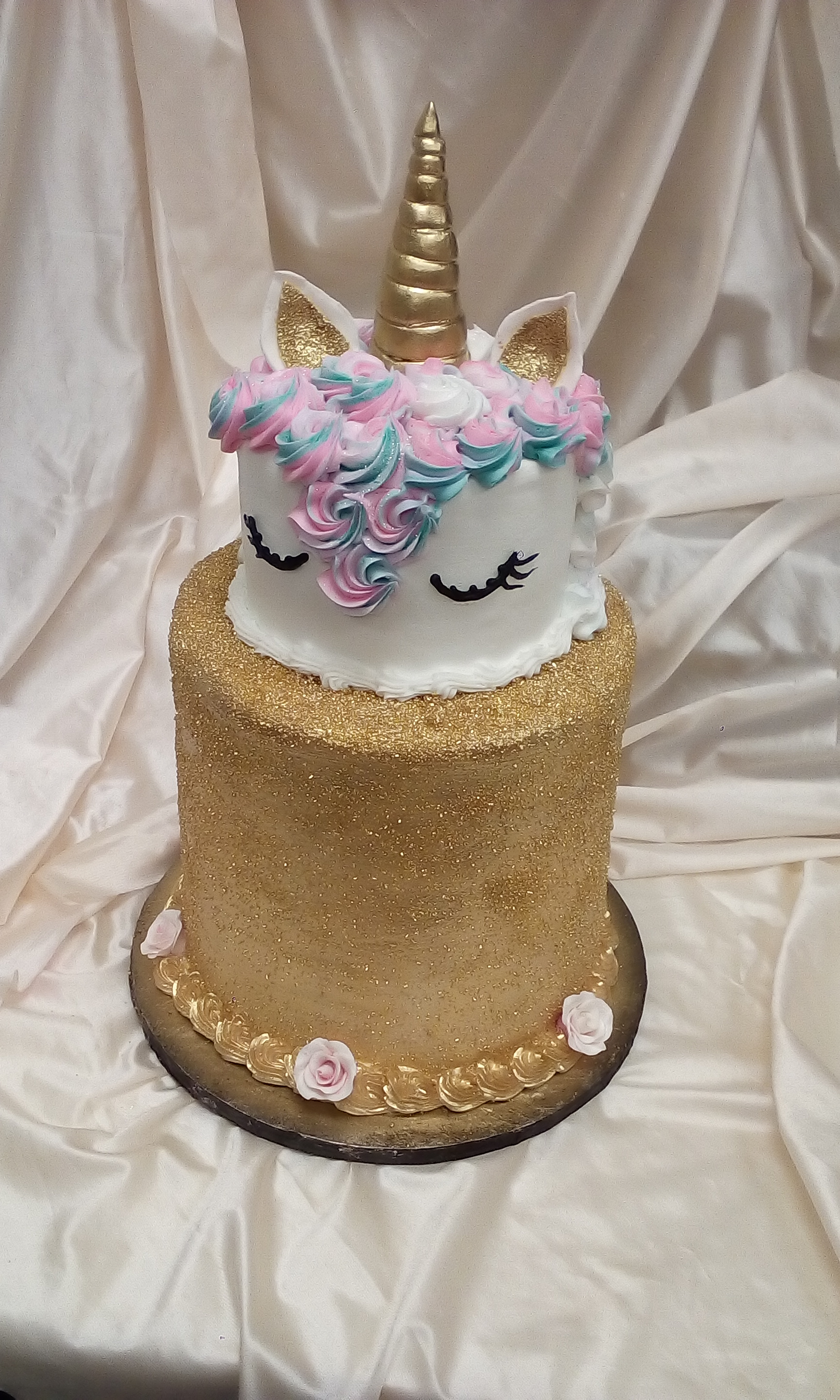 big unicorn cake.jpg