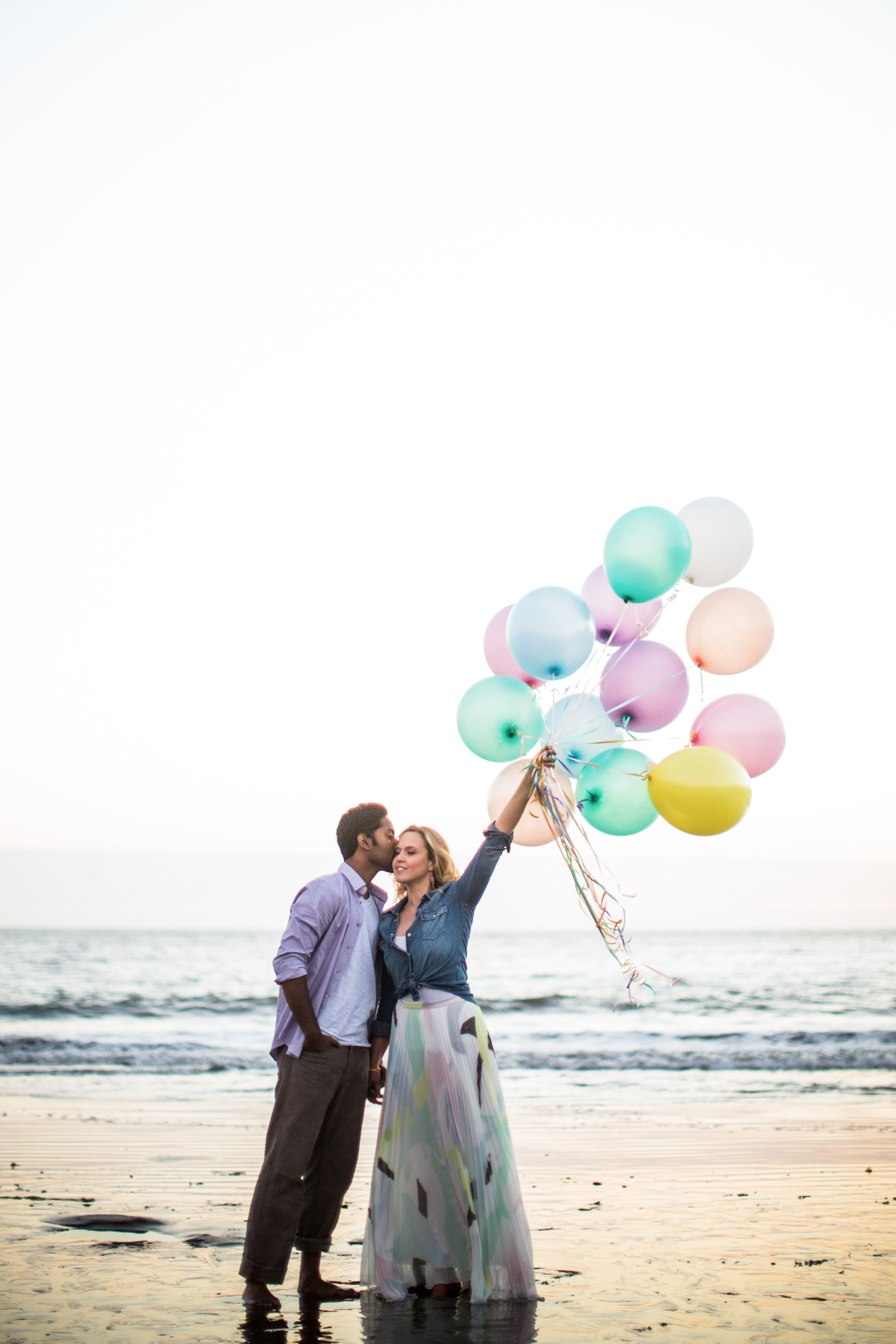Engagement Session with Balloons | Blueberry Photography | Joy Wed Blog