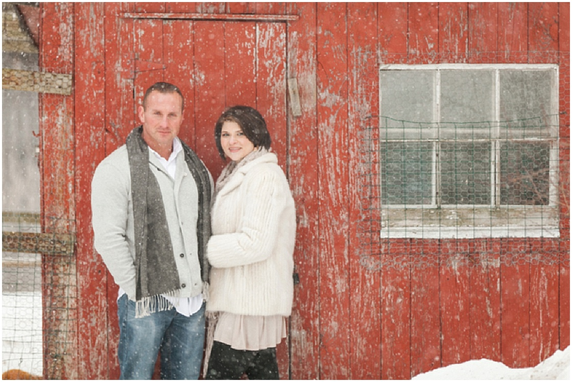 Styled Winter Engagement Session | TBM Photography | Joy Wed blog | http://www.joy-wed.com