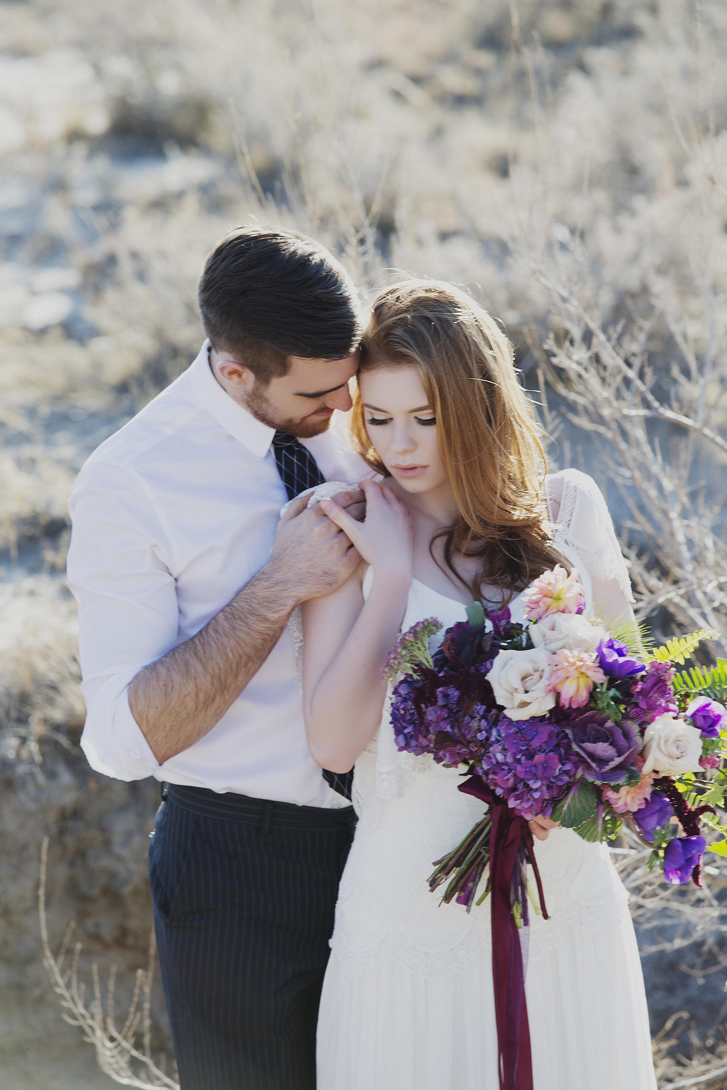 Drumheller, Alberta | Danielle Lucier Photography | Styled Shoot | Joy Wed blog | http://www.joy-wed.com