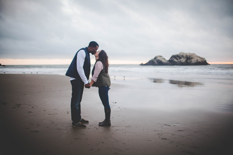 San Francisco Engagement Session | Jessica Miriam Photography | Joy Wed blog