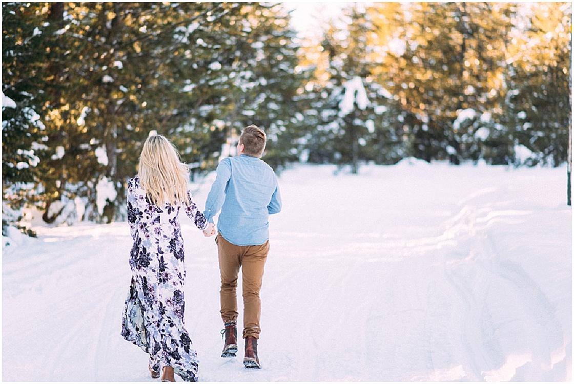Idaho Winter Engagement Session | E+E Photography | Joy Wed blog | http://www.joy-wed.com