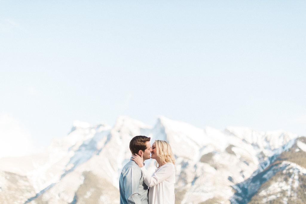 Mountain Engagement Session | Heidrich Photography | Joy Wed blog