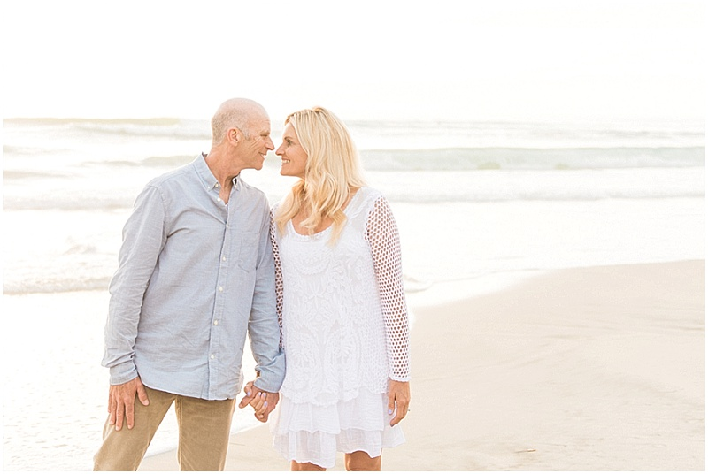 Beach Engagement Session | Stevie Dee Photography | Joy Wed blog | http://www.joy-wed.com