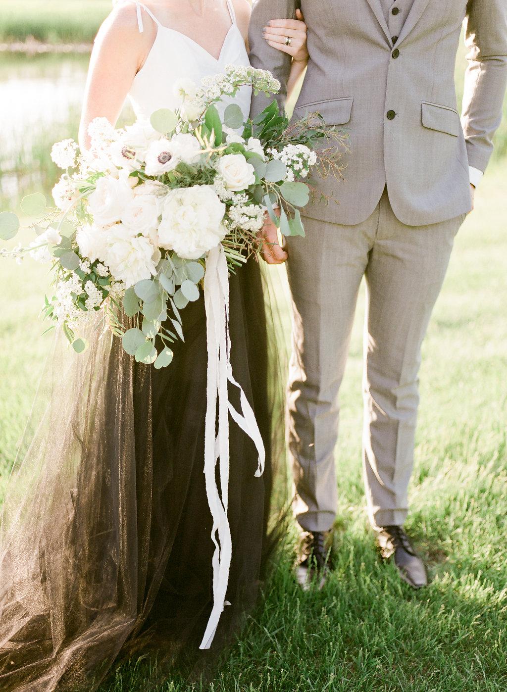 Prairie Wedding Inspiration | Esther Funk Photography | Joy Wed | http://www.joy-wed.com