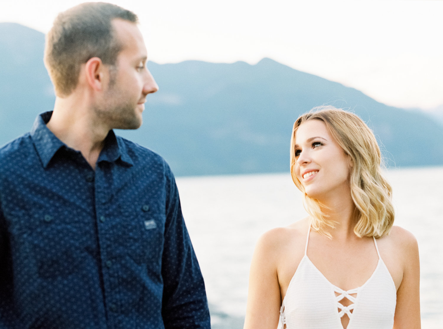 Porteau Cove Engagement | Wind and River | Joy Wed blog | http://www.joy-wed.com