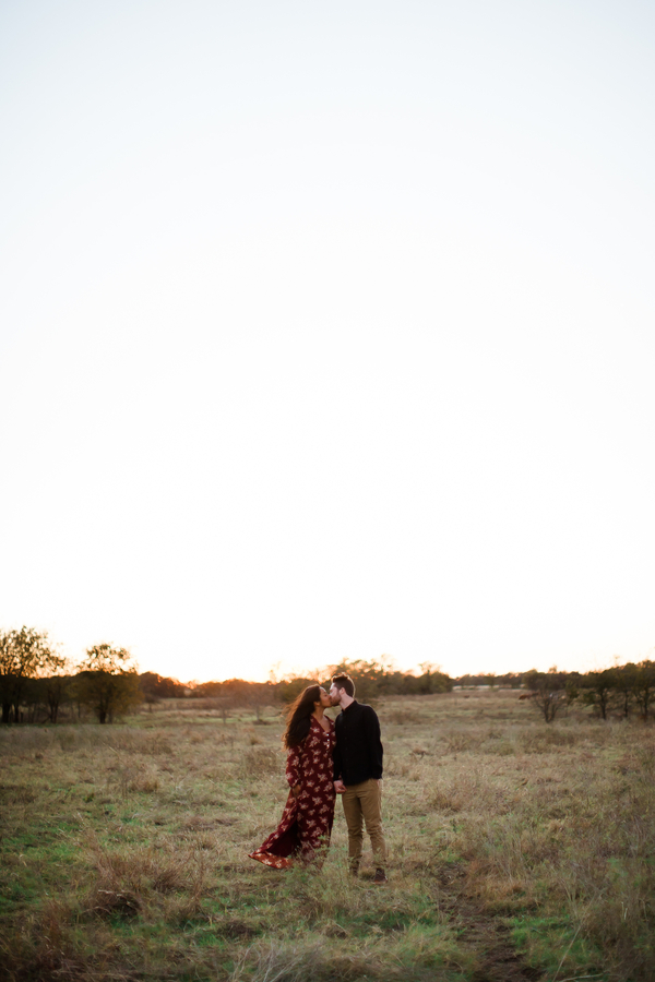 Texas Engagement Session | Lucille Photo | Joy Wed blog | http://www.joy-wed.com