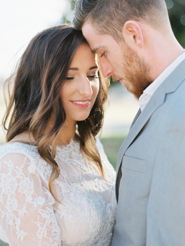 Bohemian Wedding Inspiration | Tracy Burch Photography | Joy Wed | http://www.joy-wed.com