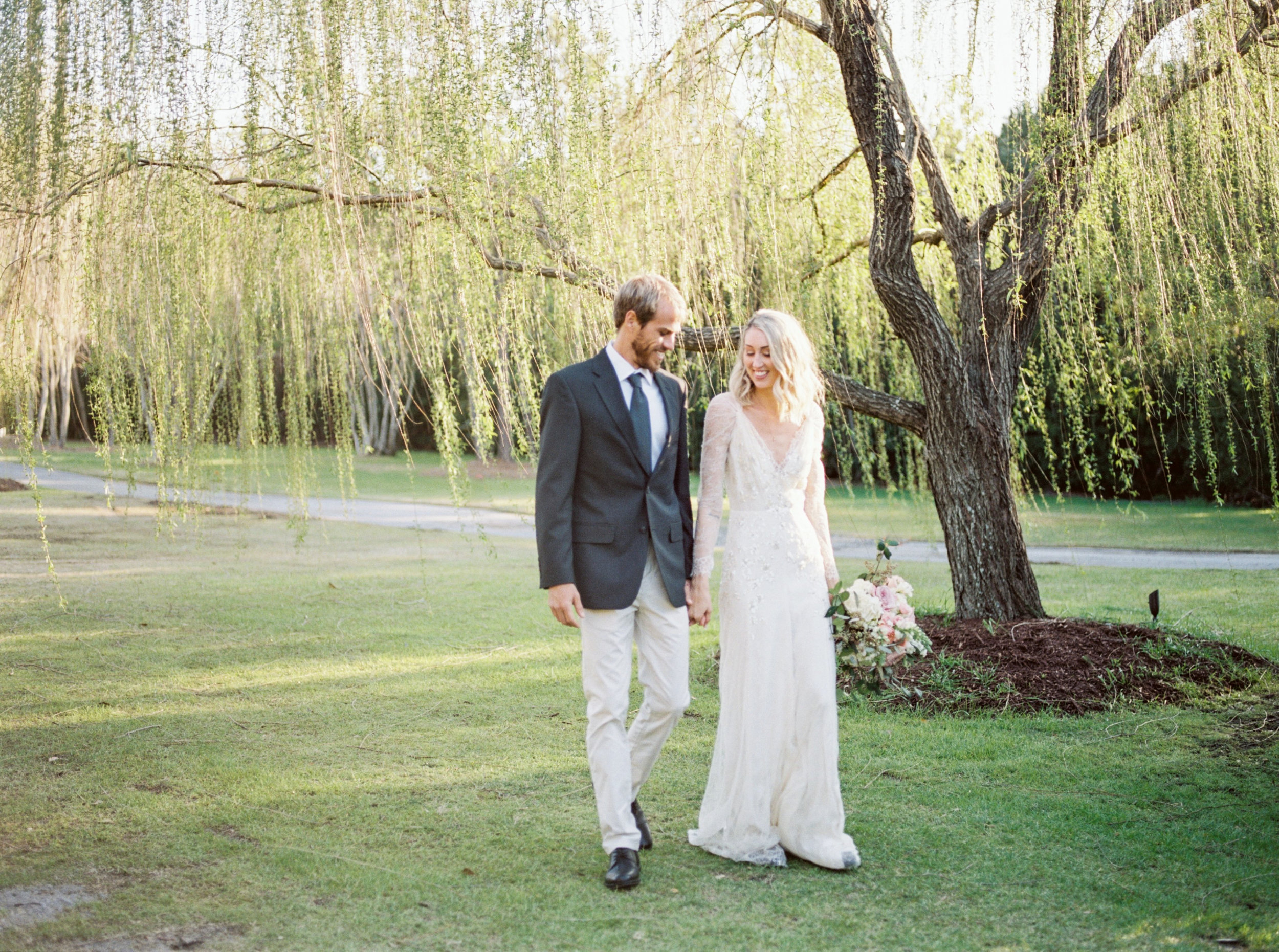 Watson House Wedding | Melissa Blythe Photography | Organic Wedding | Ivory and Blush Wedding | Blush Organic Wedding | Joy Wed | Fine Art Wedding Blog