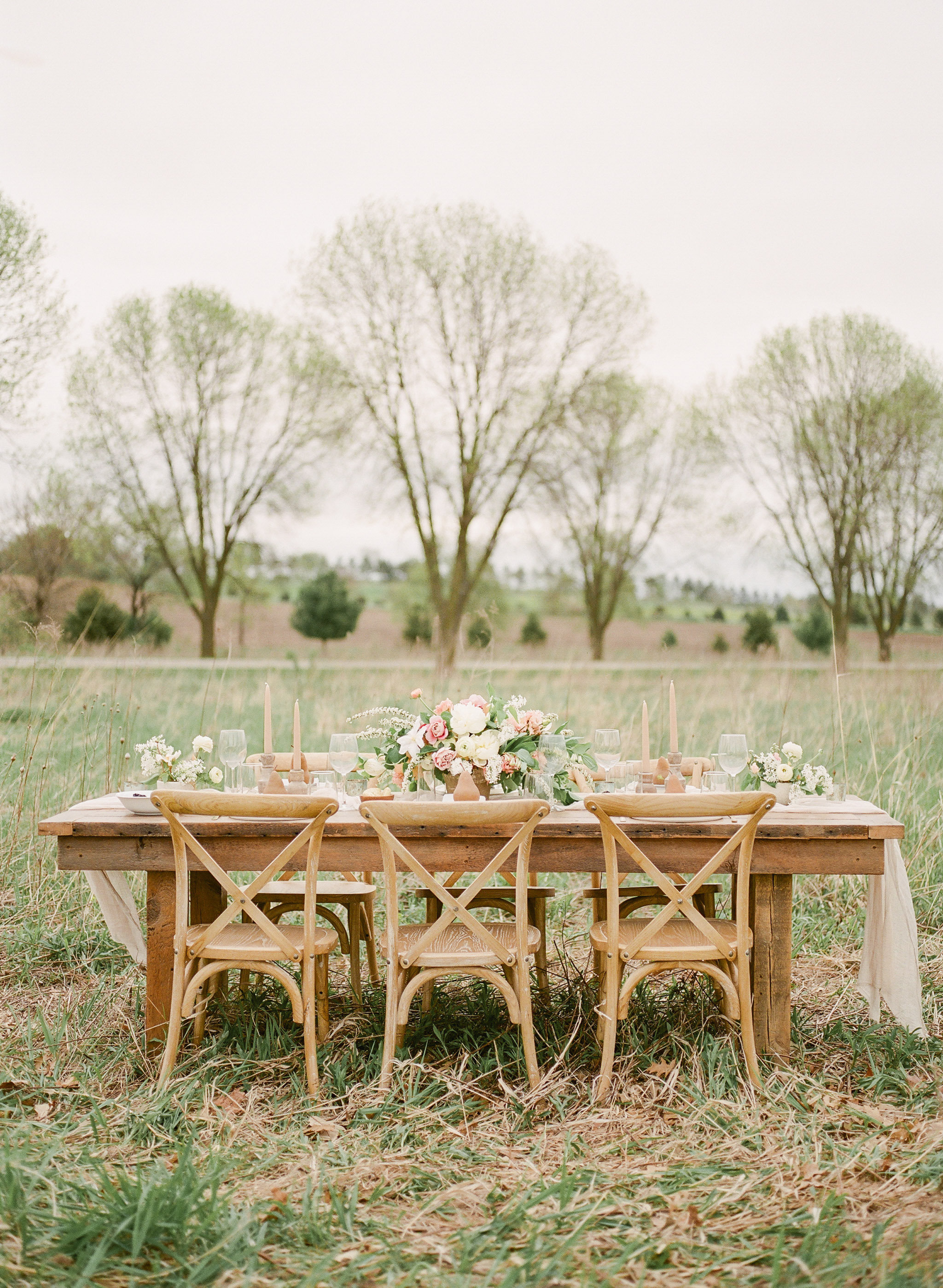 Farm to Table | Farm Wedding | Farm Elopement | Country Wedding | Ivory+Bliss | Photography Workshop | Fine Art Wedding Blog | Joy Wed | Ivory & Green Wedding | Farm Table | Organic Country Wedding