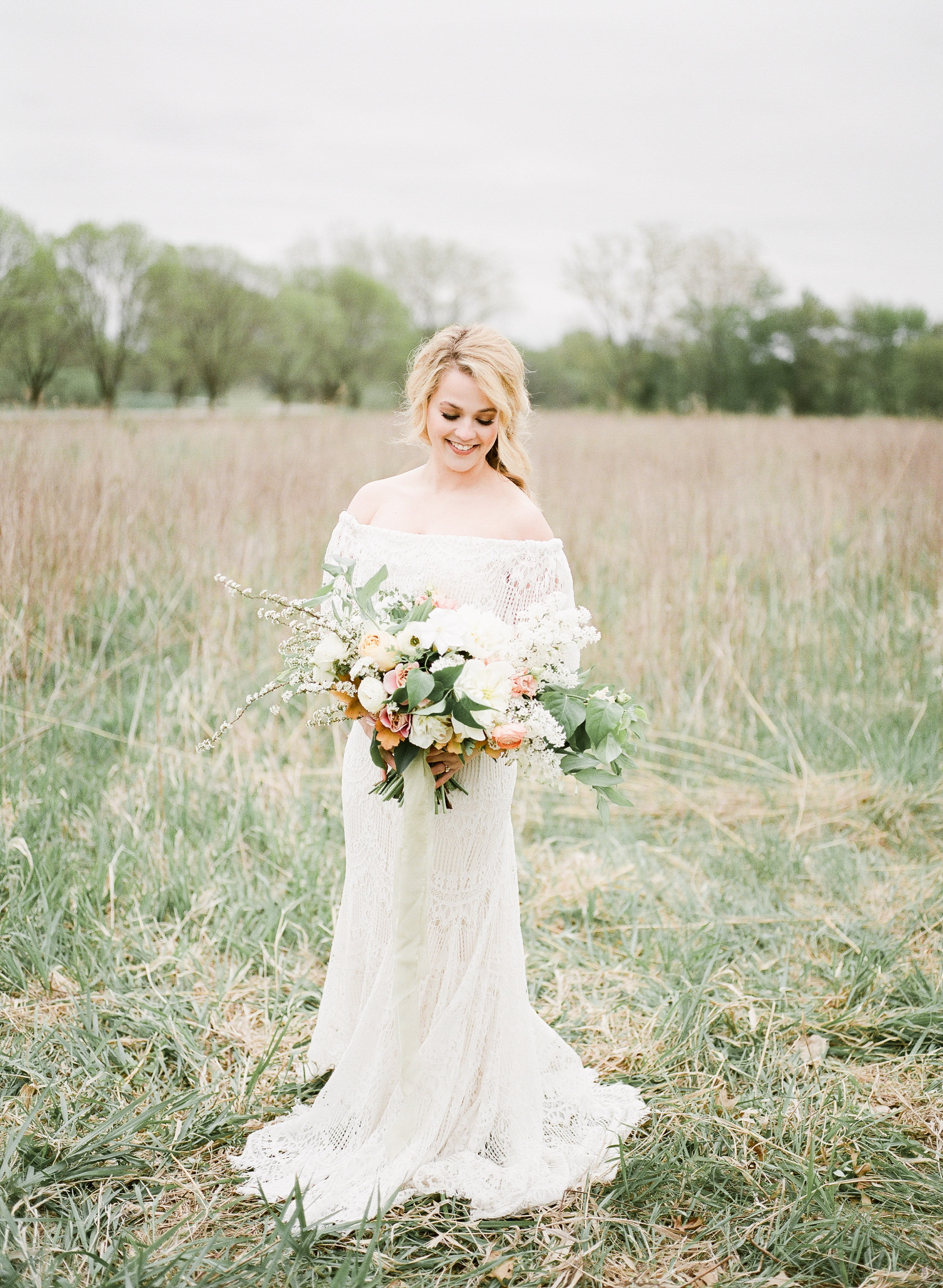 Farm to Table | Farm Wedding | Farm Elopement | Country Wedding | Ivory+Bliss | Photography Workshop | Fine Art Wedding Blog | Joy Wed | Ivory & Green Wedding