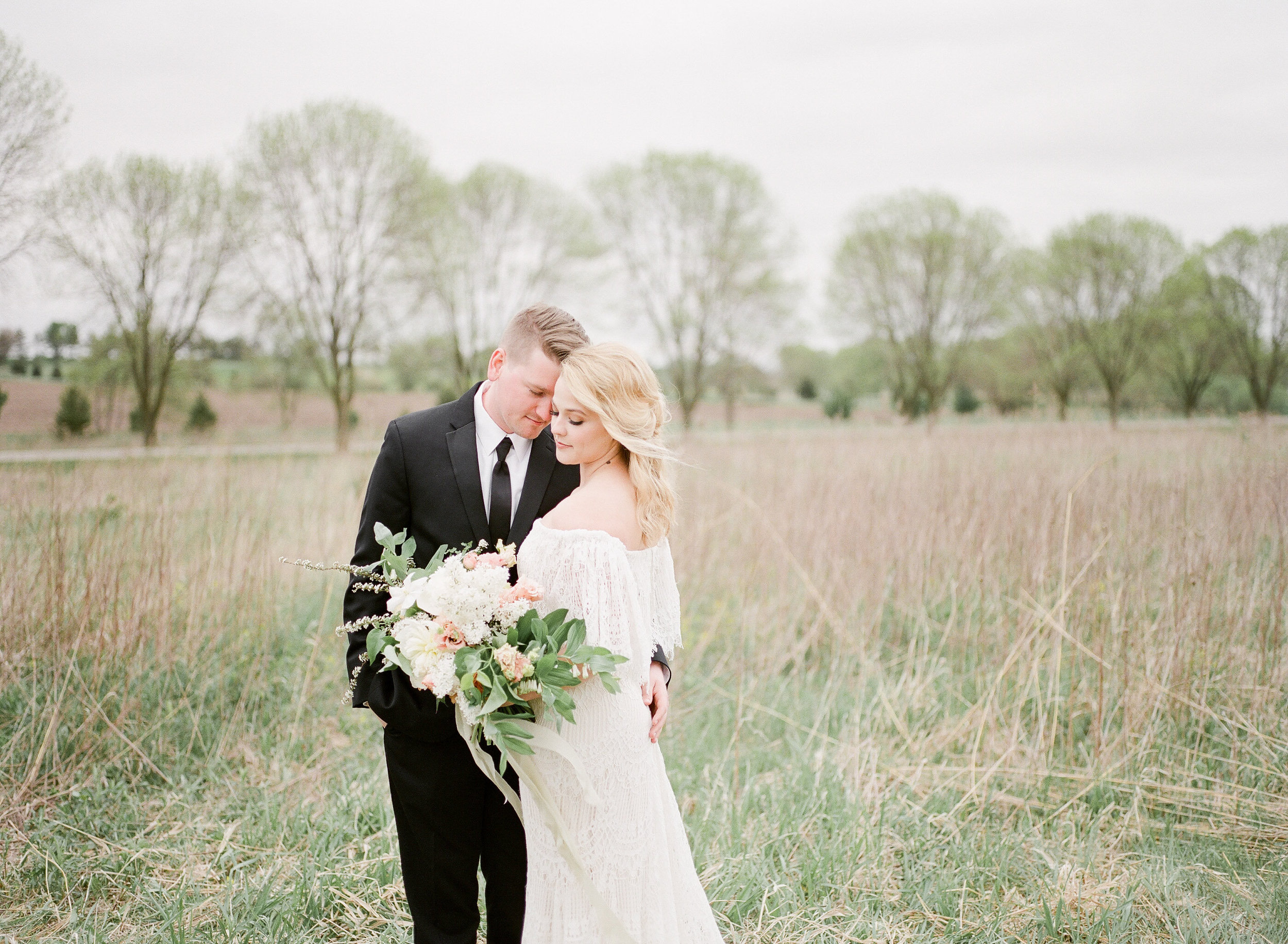 Farm to Table | Farm Wedding | Farm Elopement | Country Wedding | Ivory+Bliss | Photography Workshop | Fine Art Wedding Blog | Joy Wed | Ivory & Green Wedding | Organic Country Wedding