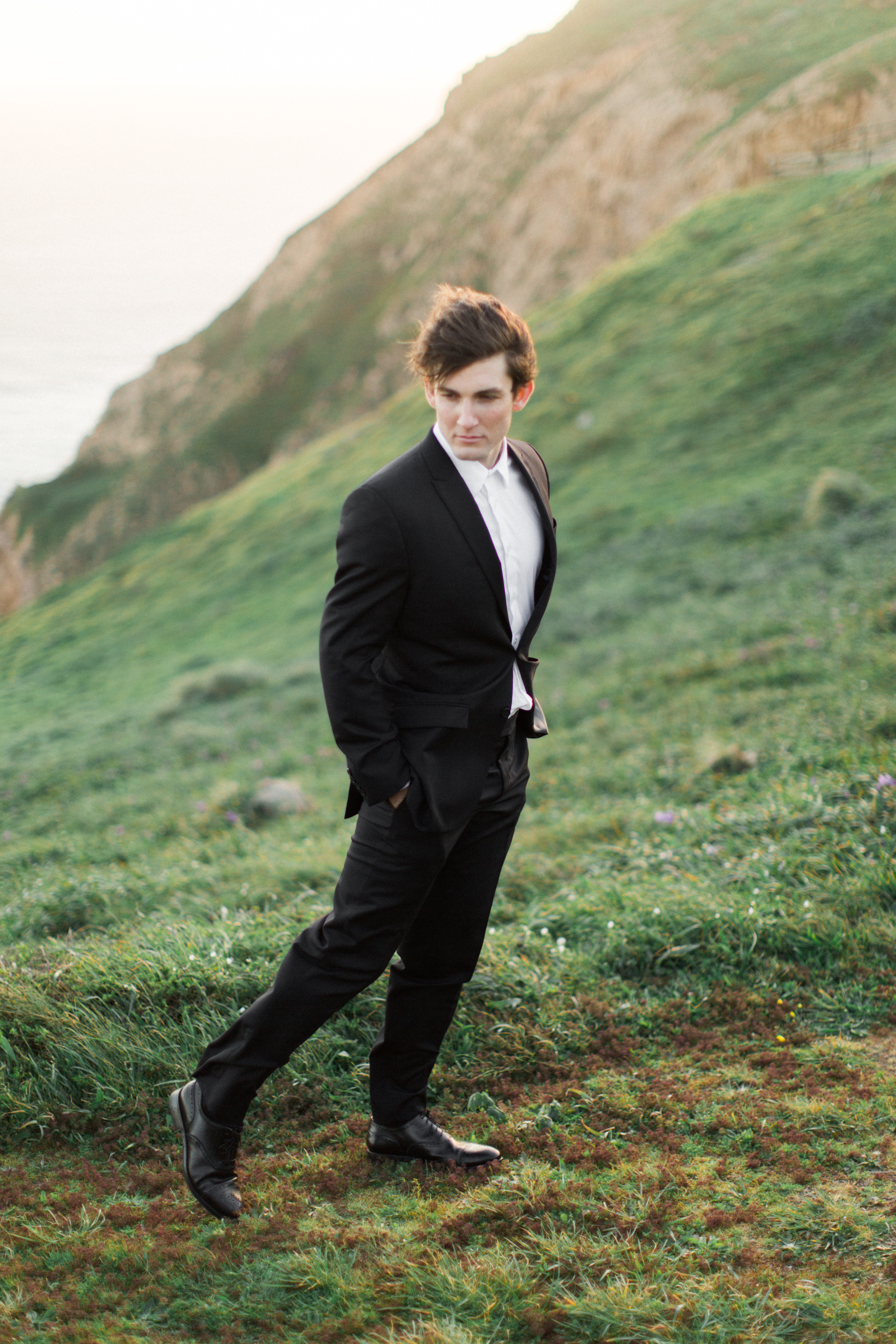Cliffside Wedding | Tyler Rye Workshop | Point Reyes | Nicole Lapierre | Canadian Wedding Blog | Canadian Photographer | Joy Wed | Fine Art Wedding Blog