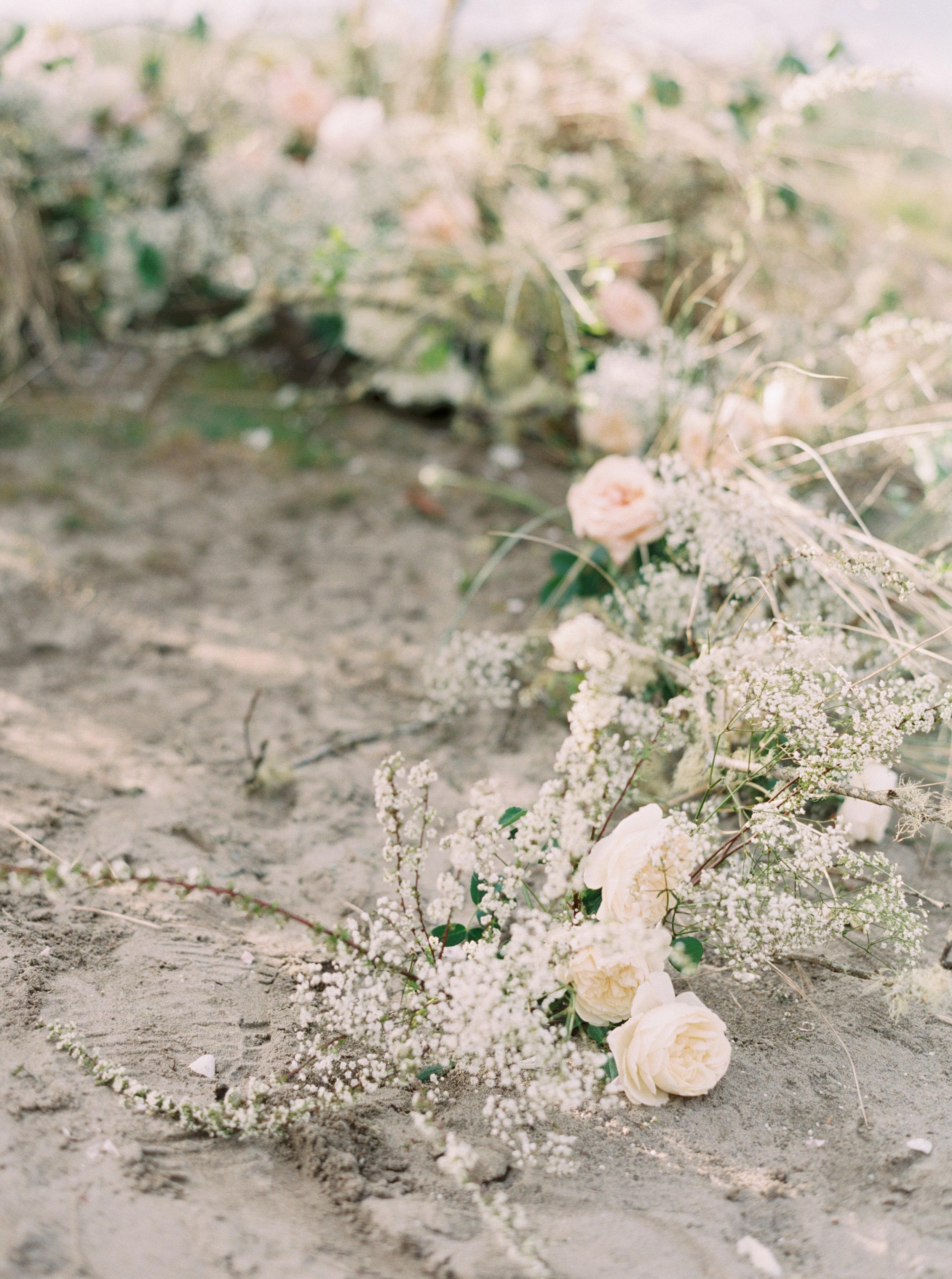 Oregon Coast Wedding | Donny Zavala Workshop | Nicole Colwell Photography | Georgia Photographer | Fine Art Wedding Blog | Canadian Wedding Blog | Joy Wed