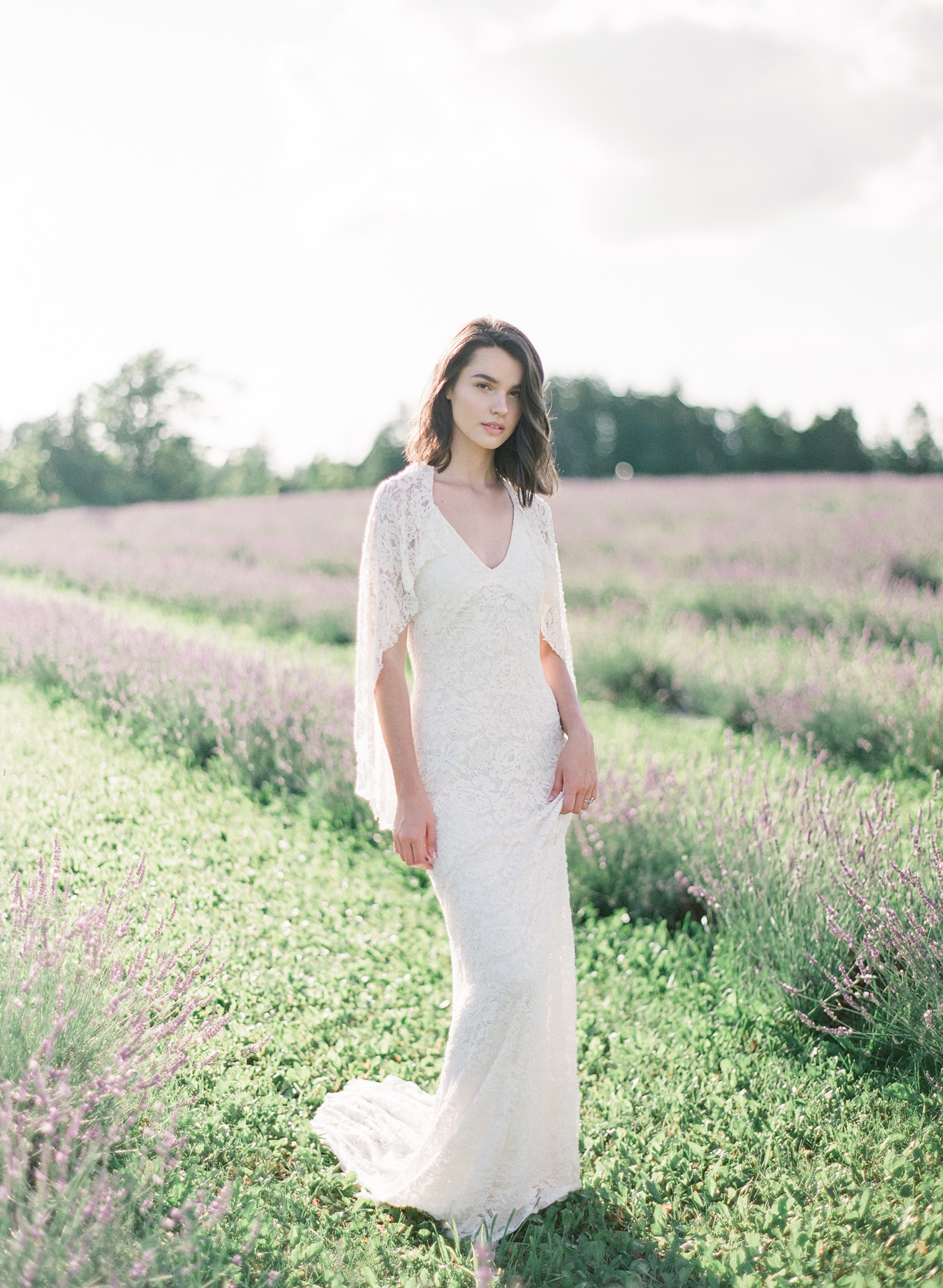 Lavender Wedding Inspiration | Artiese Studios | Rainbow Chan Weddings | Canadian Wedding | Toronto Wedding Photographer | Toronto Wedding | Fine Art Wedding Blog | Canadian Wedding Blog | Joy Wed