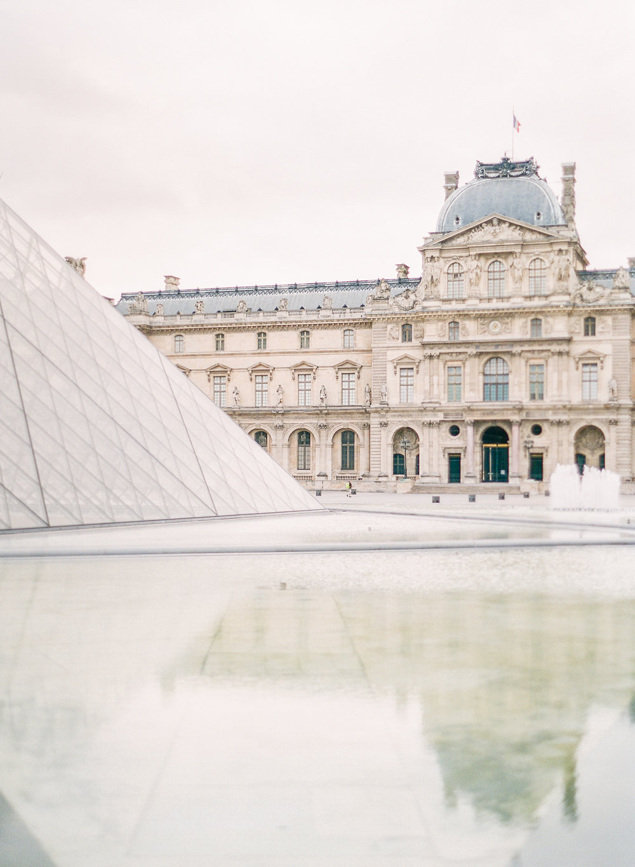 Paris Honeymoon | Paris Engagement | Molly Carr Photography | Fine Art Wedding