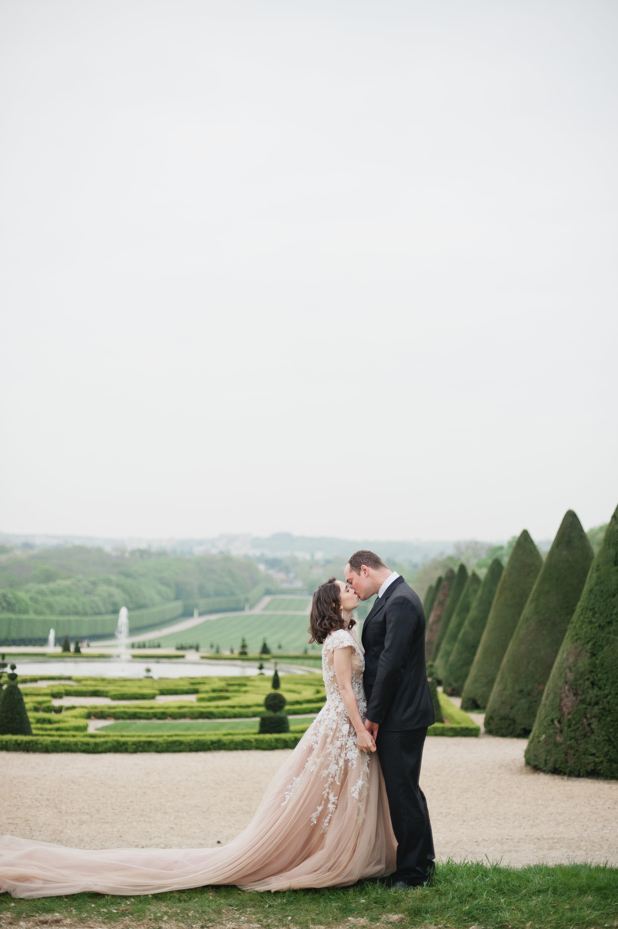 Chateau Sceaux Wedding | Paris Wedding | Meredith McKee Photography | Fine Art Wedding Blog | Joy Wed | Joyfoley Weddings | Canadian Wedding Blog | Paris Photographer | Blush Wedding Dress