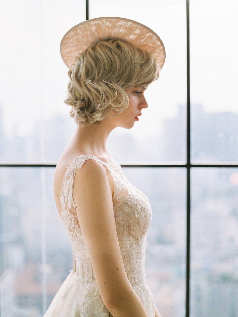 Winter Wedding | Minimalist Bride | White Wedding | Fine Art Wedding | Jin Wed Photography | Fine Art Wedding Blog | Joy Wed | Canadian Wedding Blog