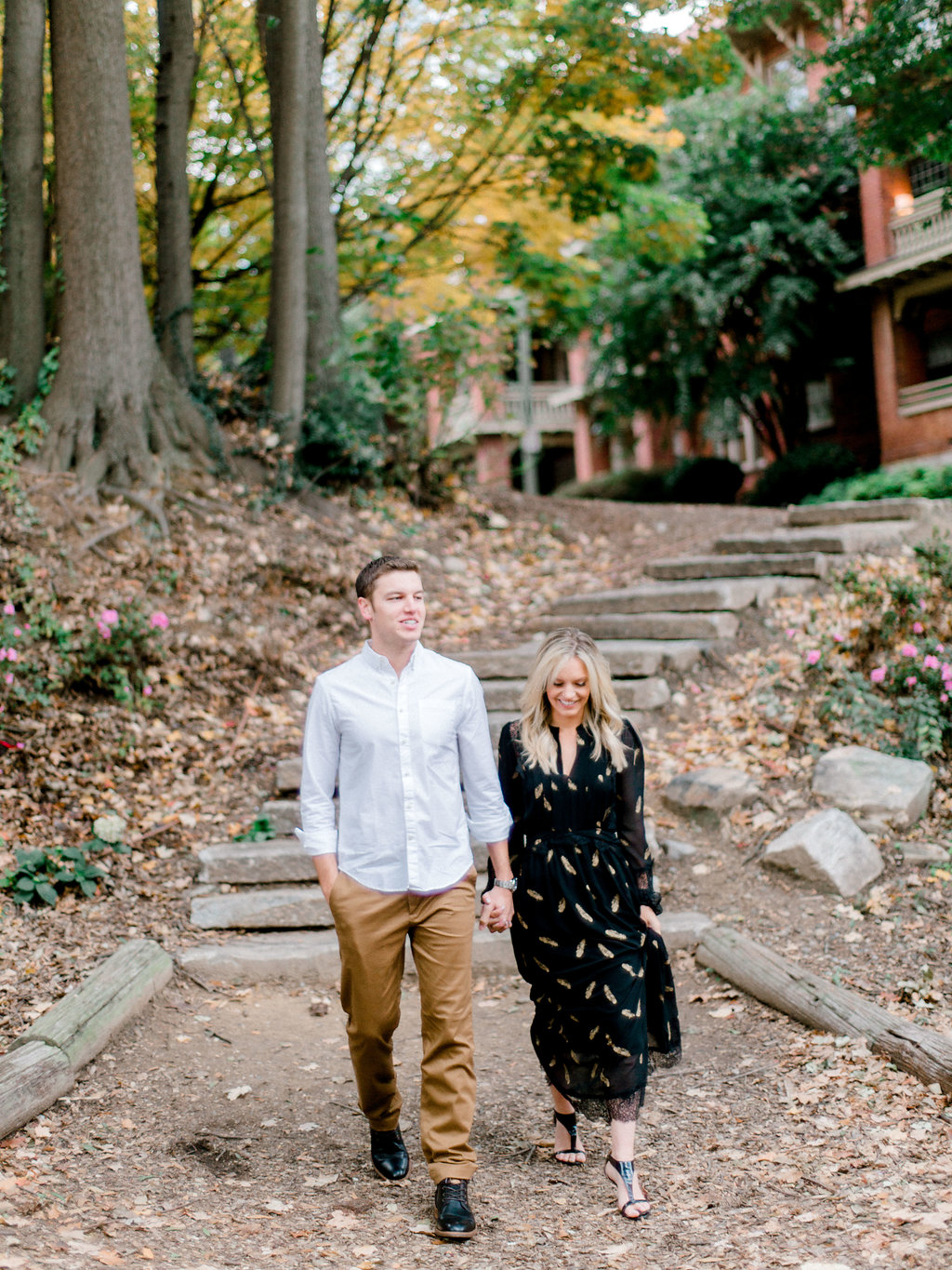 Piedmont Park Engagement Session | Kelly Anne Photo | Atlanta Photographer | Atlanta Wedding | Fine Art Wedding Blog | Canadian Wedding Blog | Wedding Blog | Joy Wed | Canmore Wedding Planner
