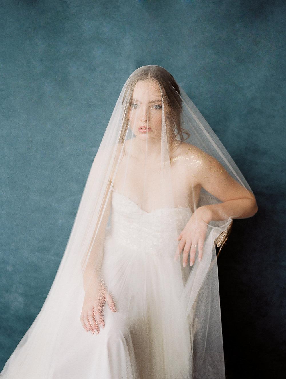 WHEN-SHE-KNEW-PHOTOGRAPHY-JOY-WED-WEDDING-EDITORIAL-OREGON-19.jpg