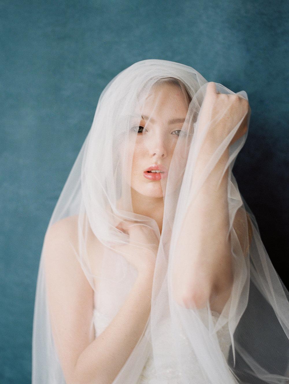 WHEN-SHE-KNEW-PHOTOGRAPHY-JOY-WED-WEDDING-EDITORIAL-OREGON-25.jpg