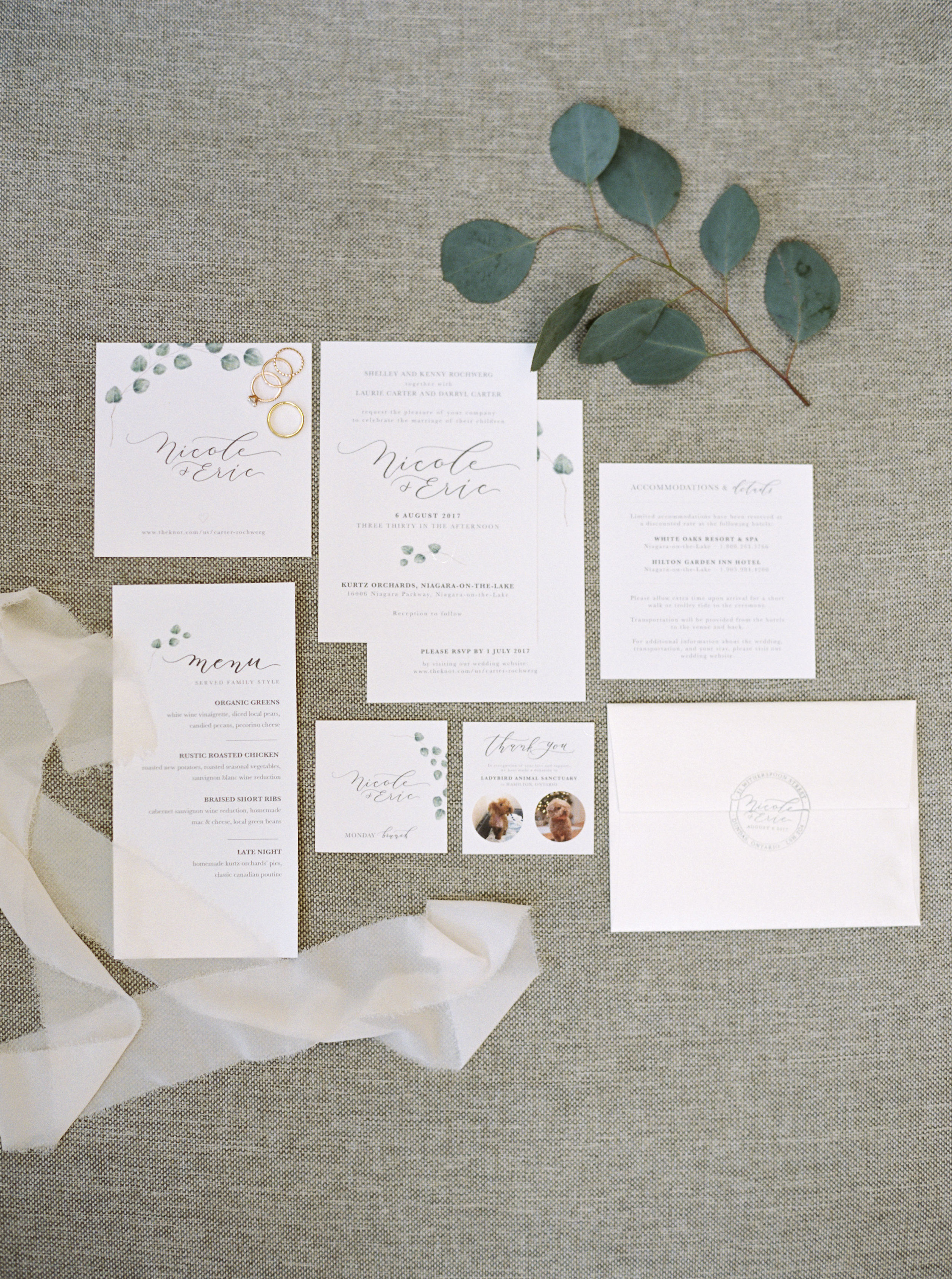 Niagara-on-the-Lake Wedding | Andrew Mark Photography | Vivian Lyttle Events | Ontario Wedding | Ontario Photographer | Fine Art Wedding Blog | Backyard Wedding | Joy Wed