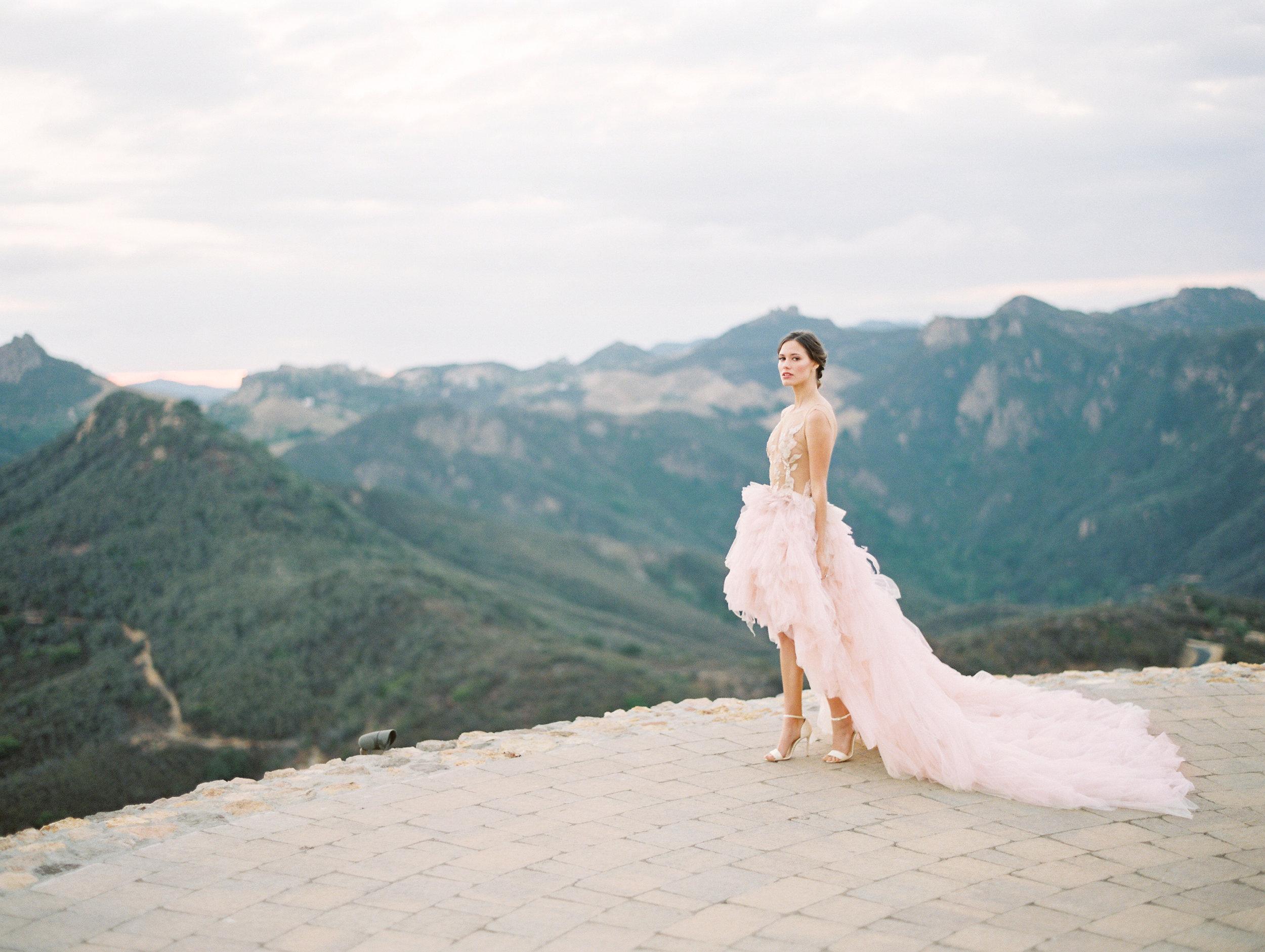 Malibu Rocky Oaks Wedding | Pura Soul Photography | Donny Zavala Workshop | Joy Proctor | Mauve Wedding | California Wedding | Outdoor Wedding | Joy Wed