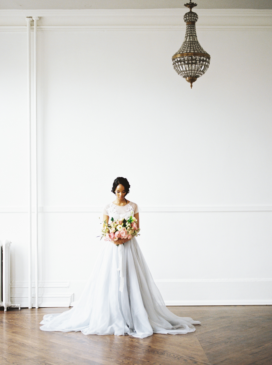 Great Hall Wedding | Romantic Wedding Inspiration | Spring Wedding | Lushana Bale Photography | Canadian Wedding | Joy Wed | Fine Art Wedding Blog
