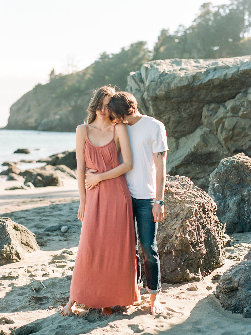 Muir Beach Engagement Session | Lissa Ryan Photography | Linda Ha Events | Beach Engagement | Natural Engagement Session | Joy Wed | Canadian Wedding Blog | Fine Art Wedding Blog