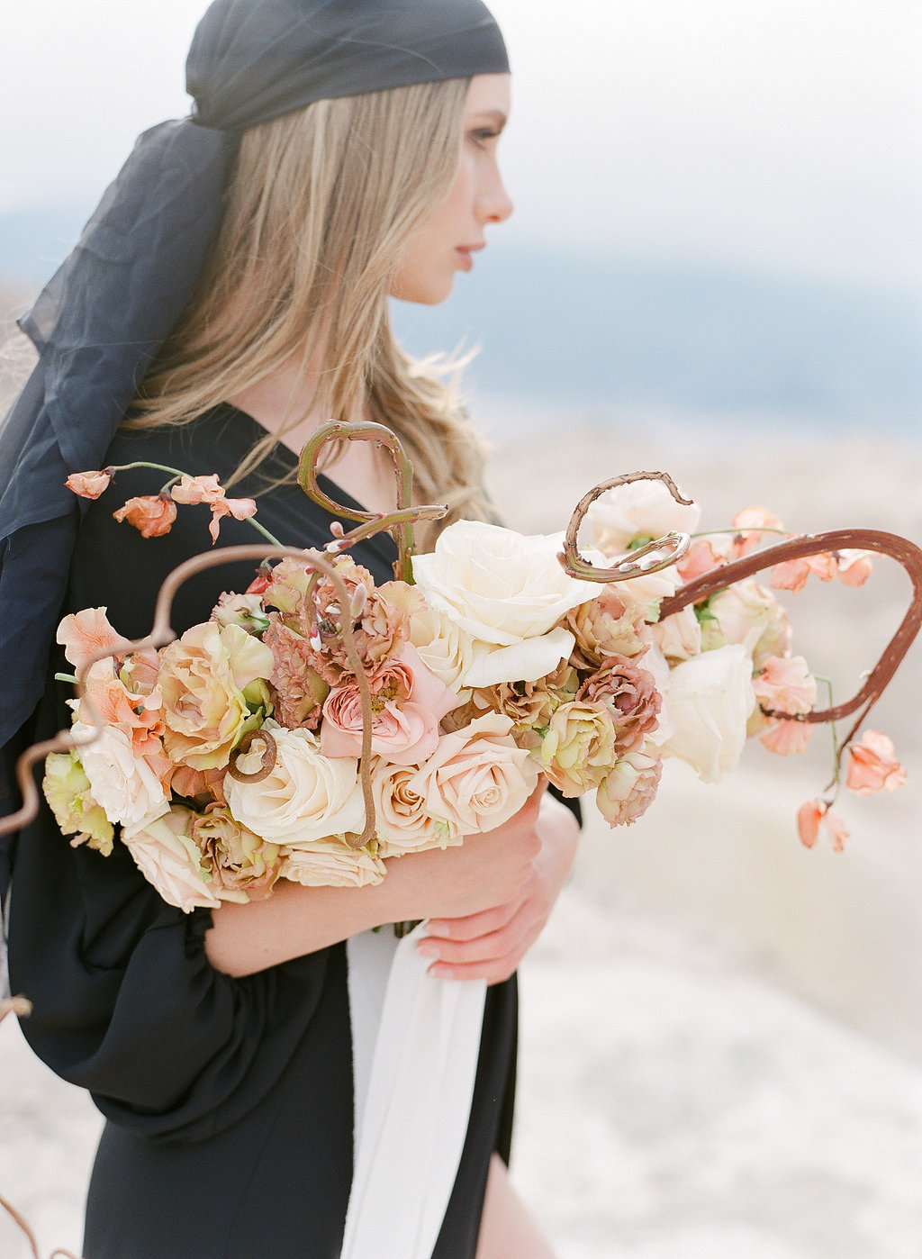 Desert Bridal Inspiration | Desert Wedding | Simon Ly Photography | Janna Brown Design | Joy Wed | Fine Art Wedding Blog | Black Wedding Dress | Stacey Foley Design | Canmore Wedding Planner