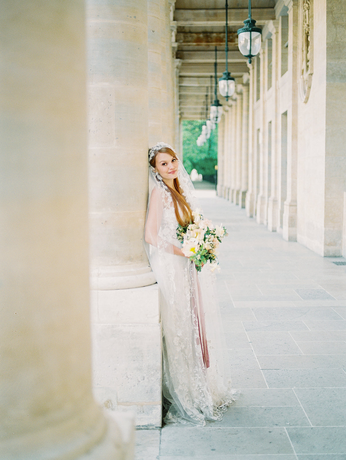 Paris Bridal Inspiration | Paris Wedding | Paris Photographer | Orange and Yellow Wedding | Jessica Rieke Photography | Canadian Wedding Blog | Fine Art Wedding Blog | Joy Wed