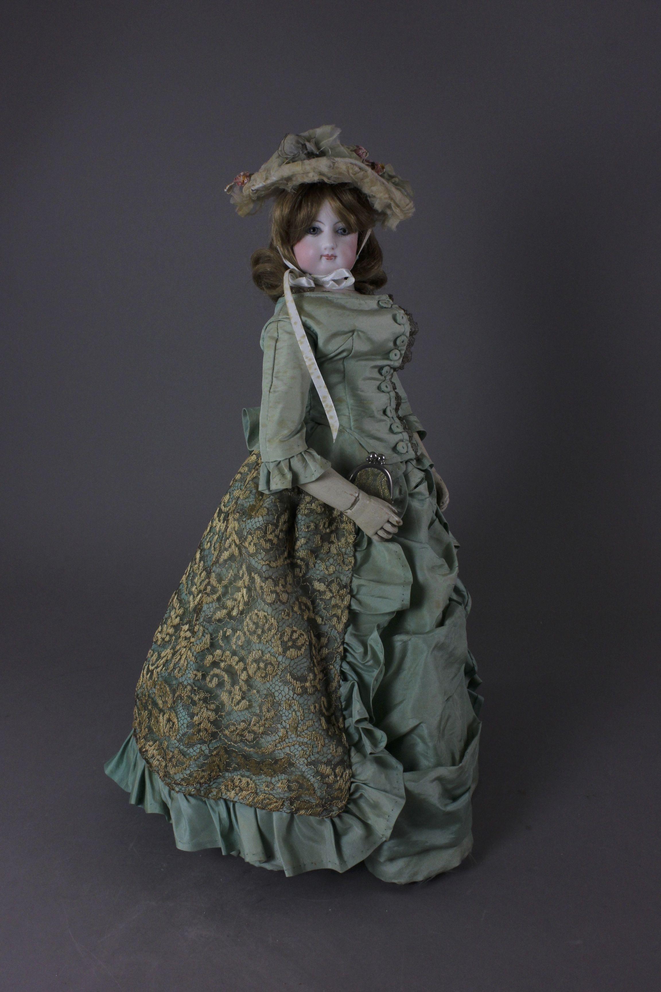 jumeau wood bodied french fashion lady.jpg