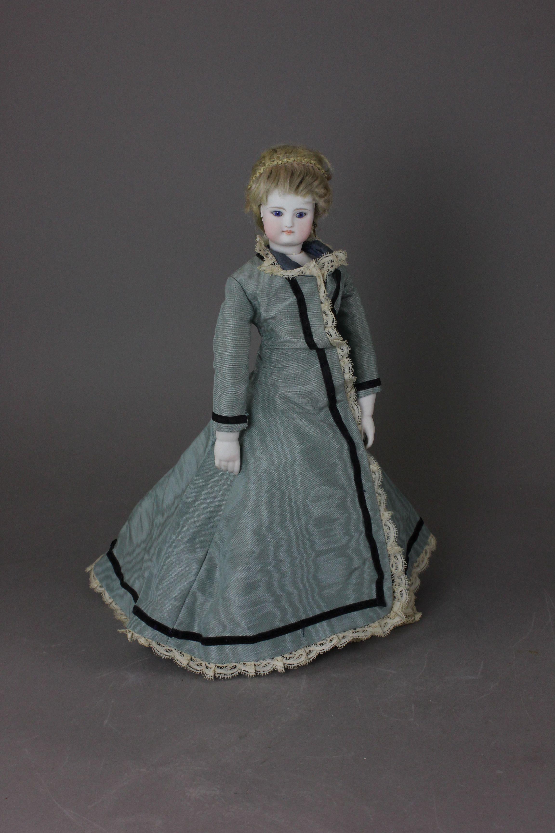 stunning 13in poupee bois fashion lady.jpg