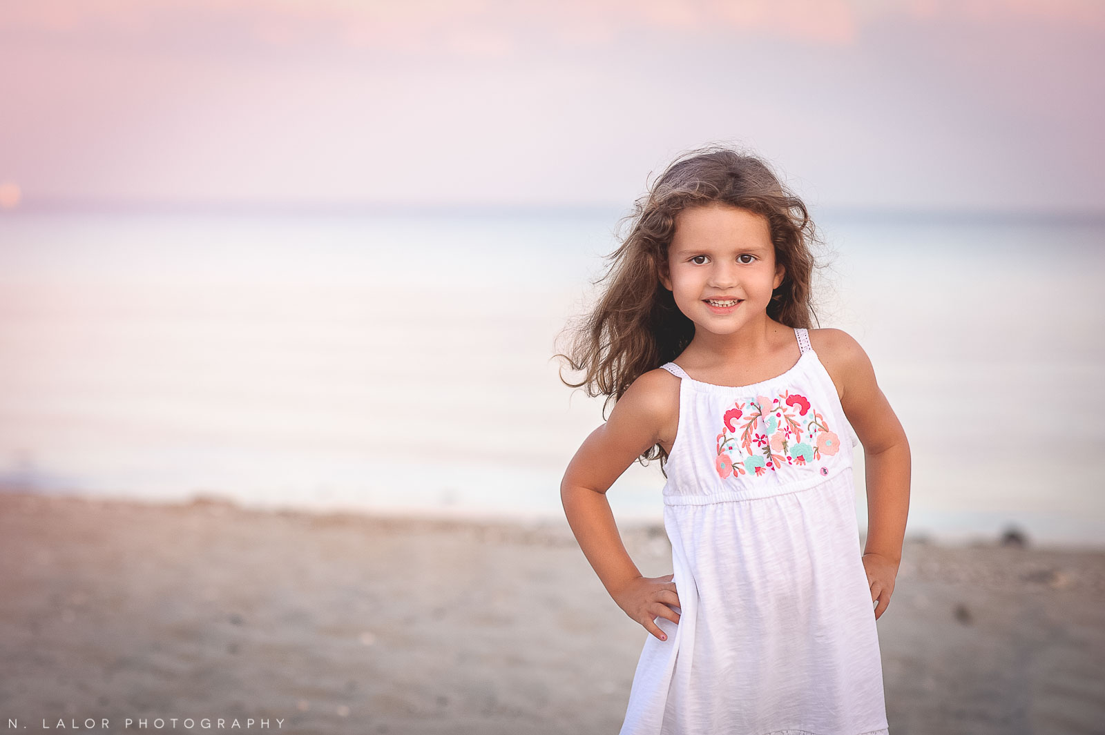 nlalor-photography-styled-beach-photo-session-milford-ct-13.jpg