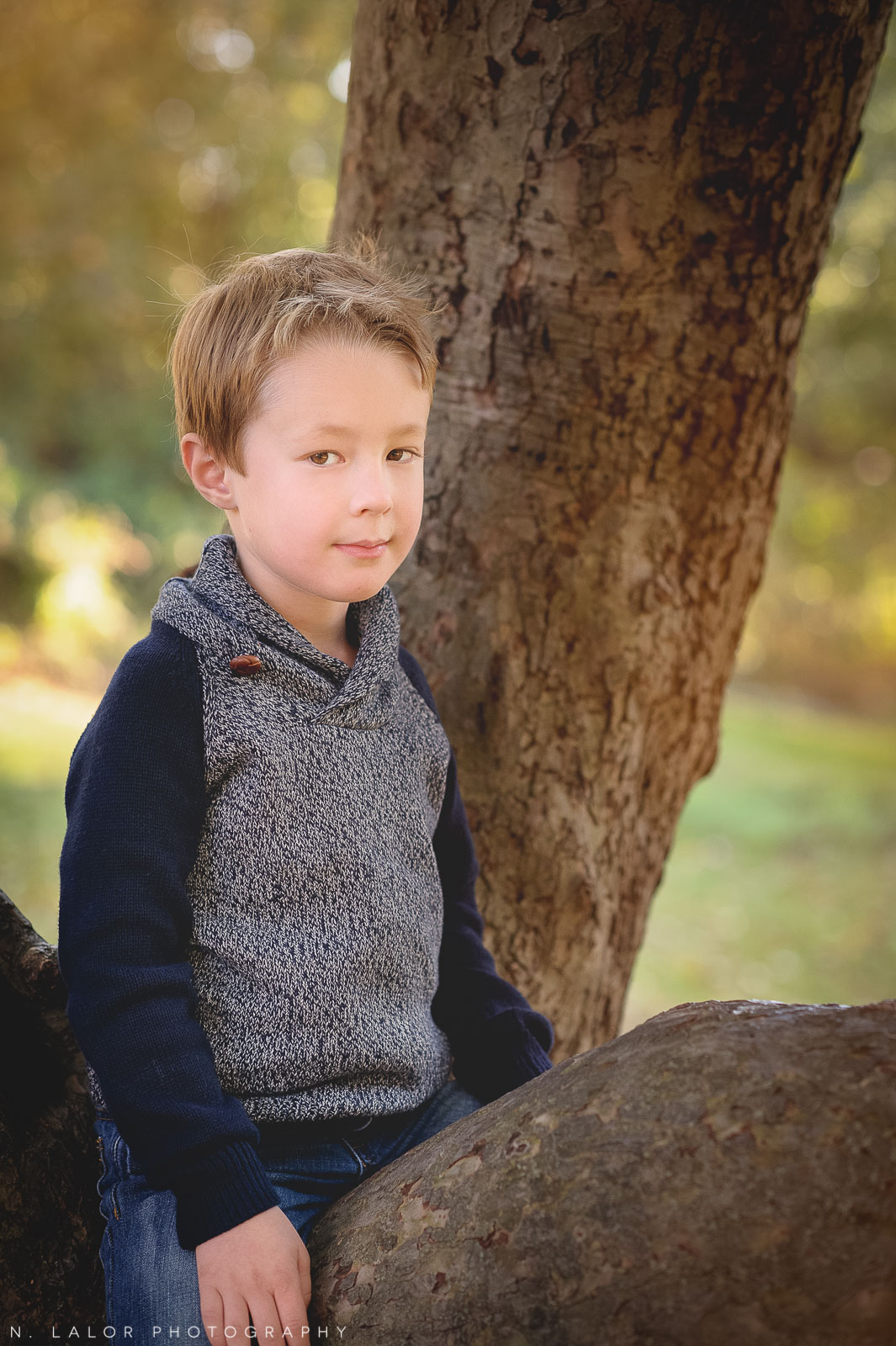 nlalor-photography-2014-styled-family-life-new-canaan-nature-center-fall-2.jpg