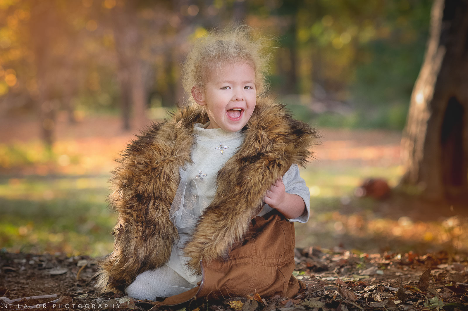 nlalor-photography-2014-styled-family-life-new-canaan-nature-center-fall-7.jpg
