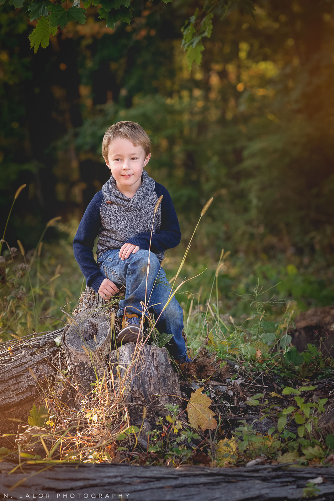 nlalor-photography-2014-styled-family-life-new-canaan-nature-center-fall-8.jpg