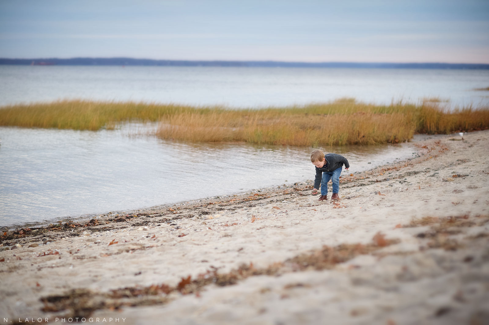 nlalor-photography-120613-styled-boy-winter-beach-session-old-greenwich-3.jpg
