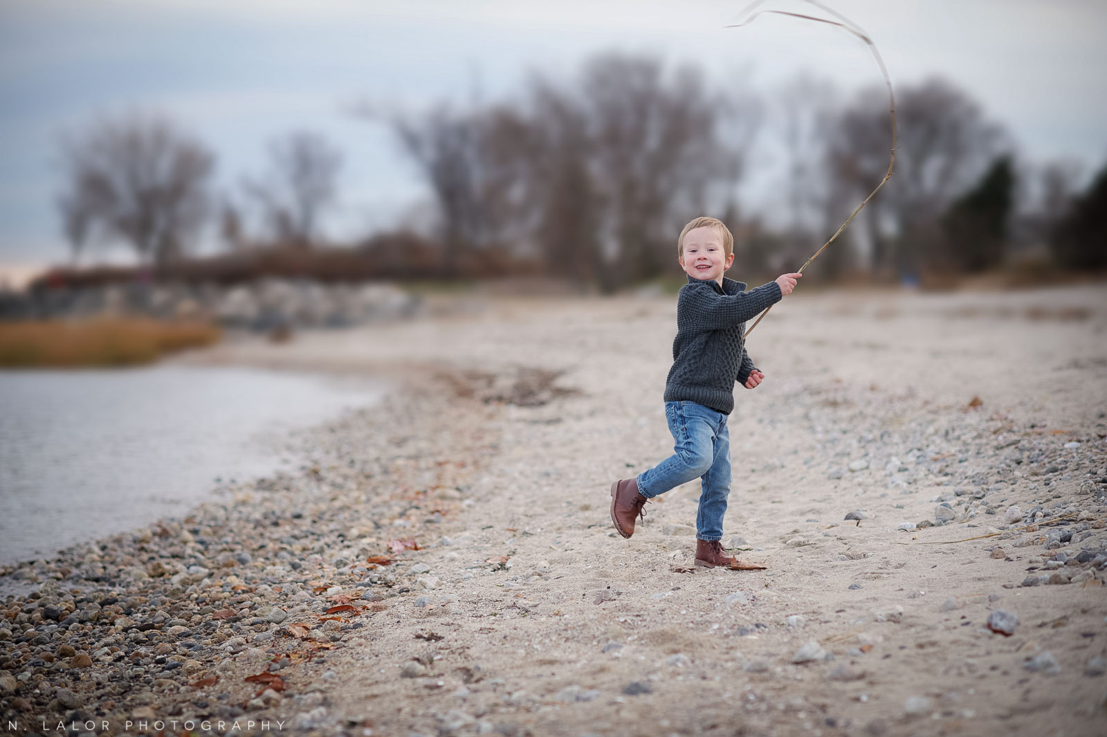 nlalor-photography-120613-styled-boy-winter-beach-session-old-greenwich-9.jpg