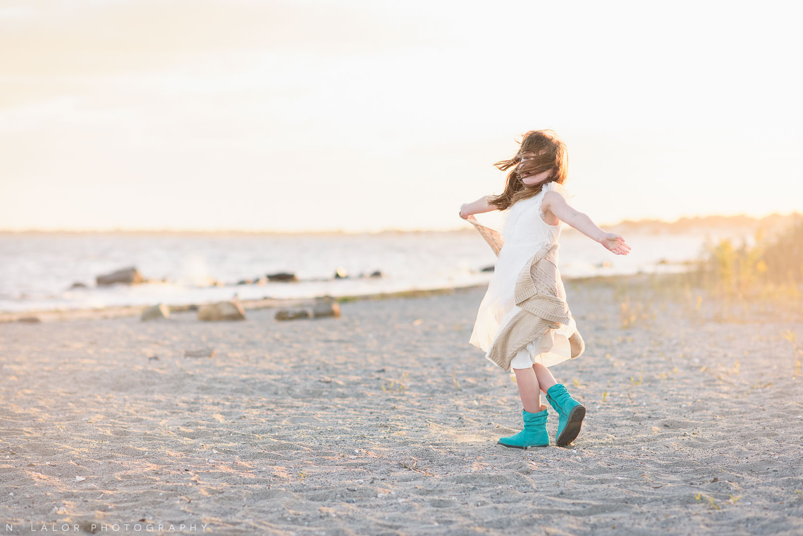 nlalor-photography-2015-10-04-gwen-beach-session-24.jpg