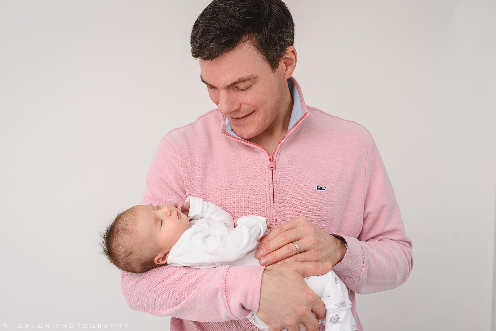 06-father-daughter-portrait-newborn-baby.jpg