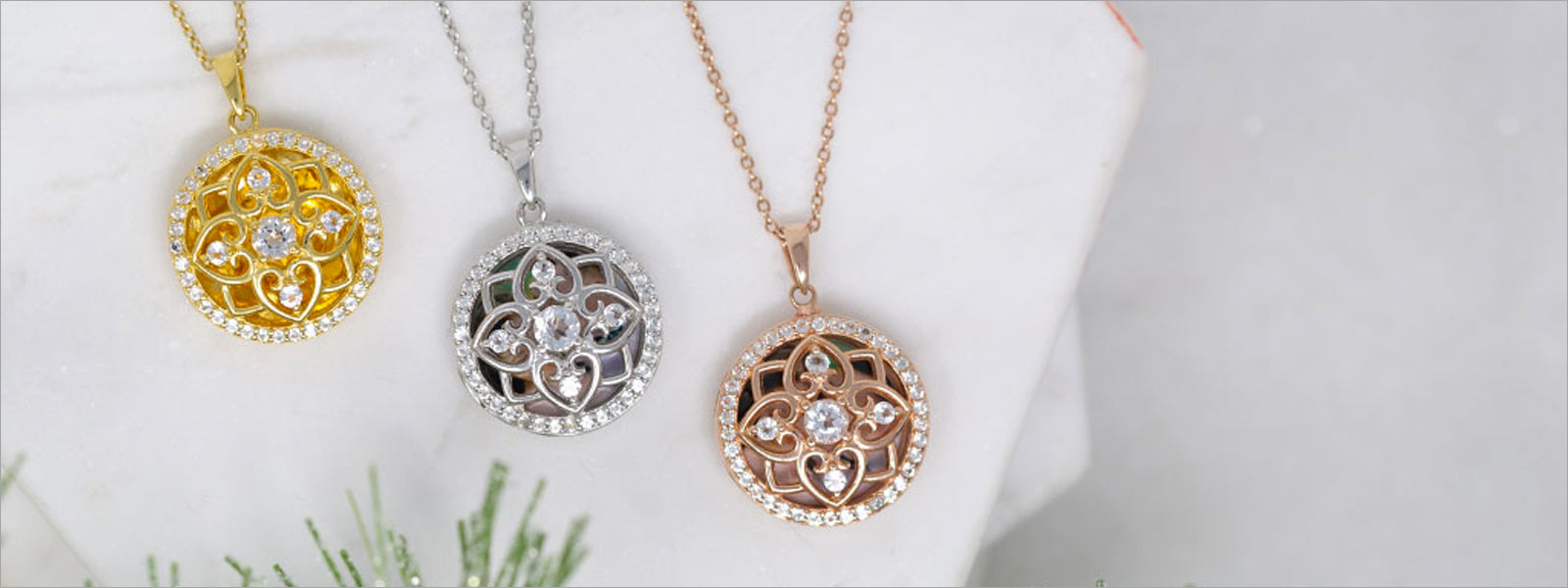 Image of photo lockets, courtesy of With You Lockets.
