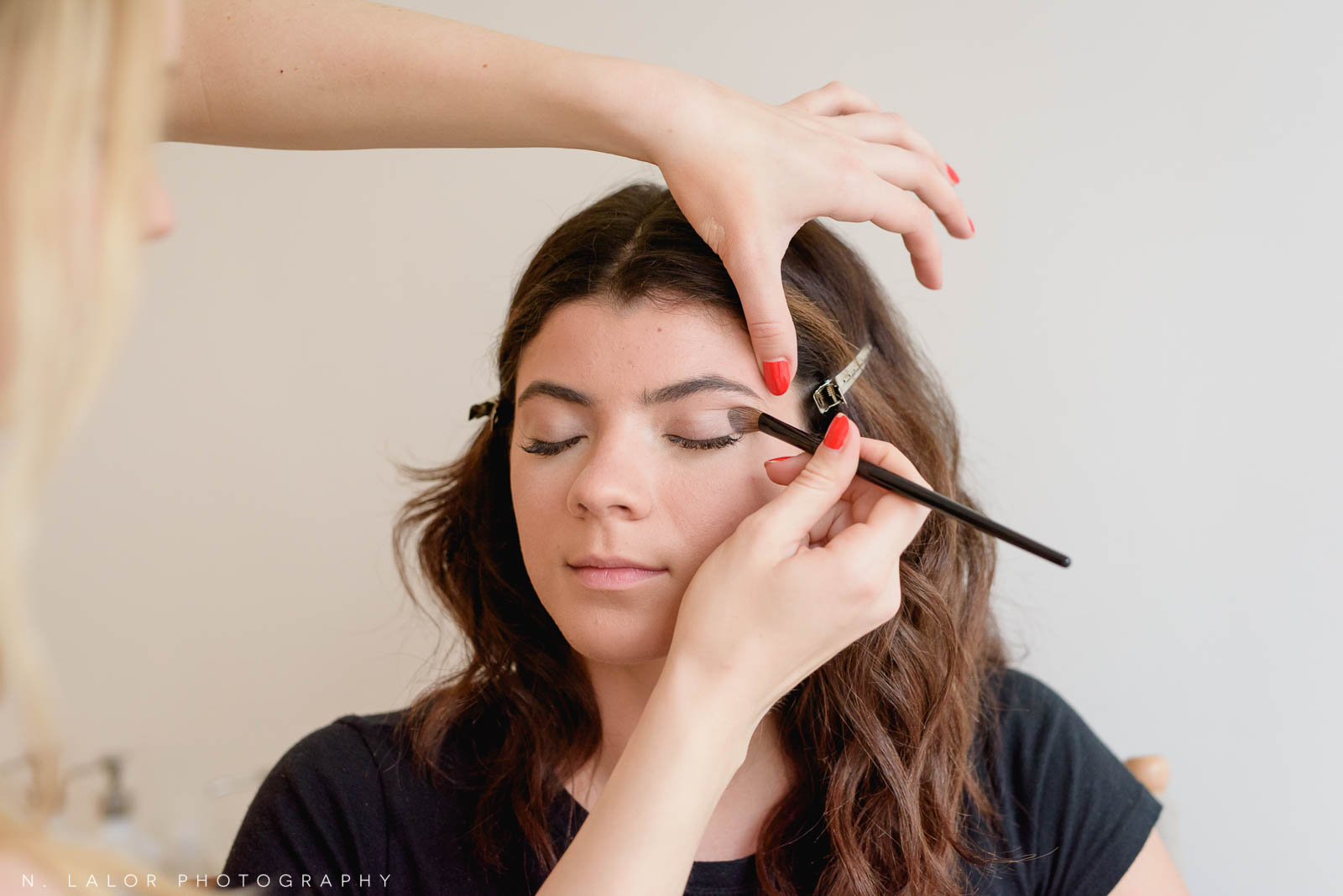 Applying simple eye shadow for a portrait photo session. Makeup tutorial. Photo by N. Lalor Photography, makeup tips by Haus of Pretty of Westport CT.
