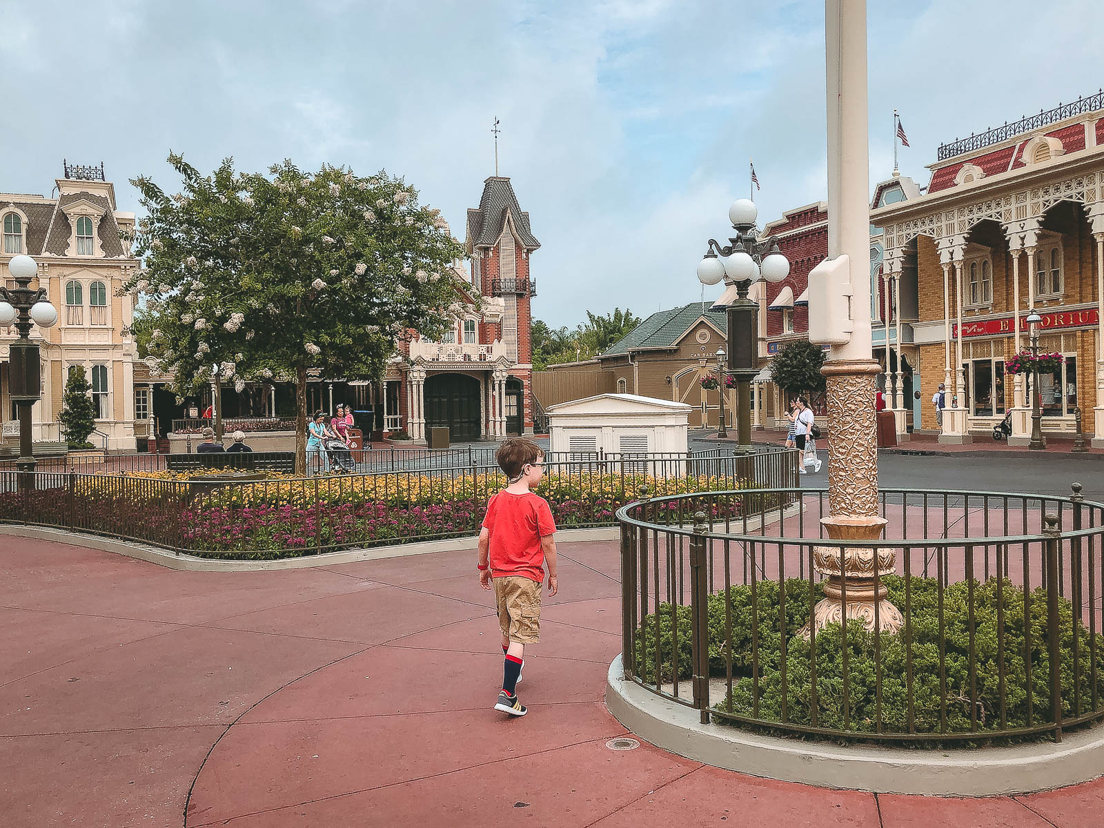 Having DisneyWorld's Magic Kingdom to yourself in the morning doesn't just happen, it takes PLANNING!