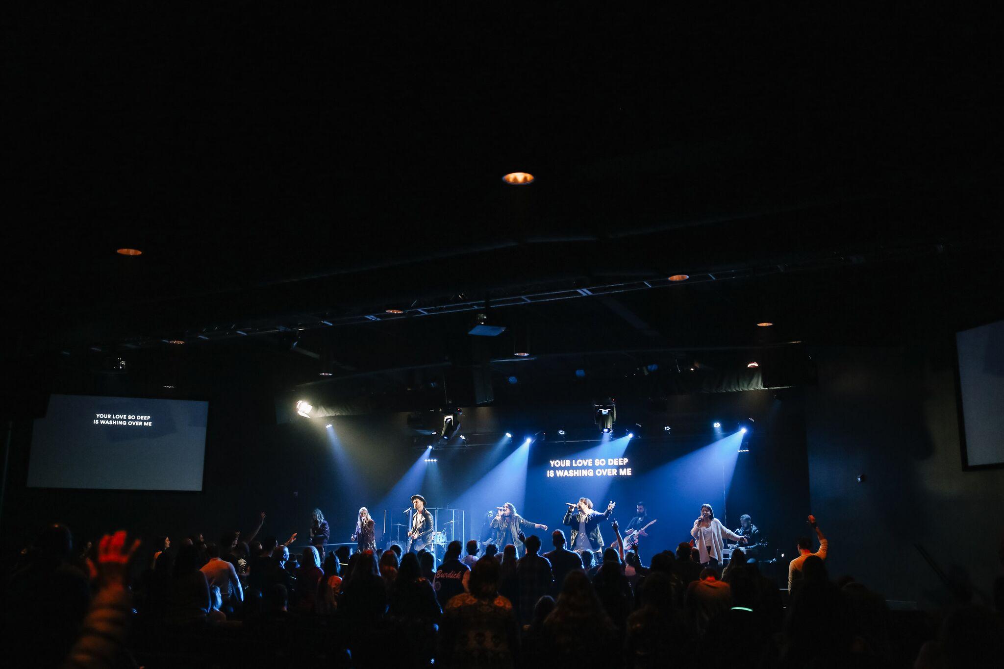 WORSHIP TEAM - MUSICIANS + VOCALISTS