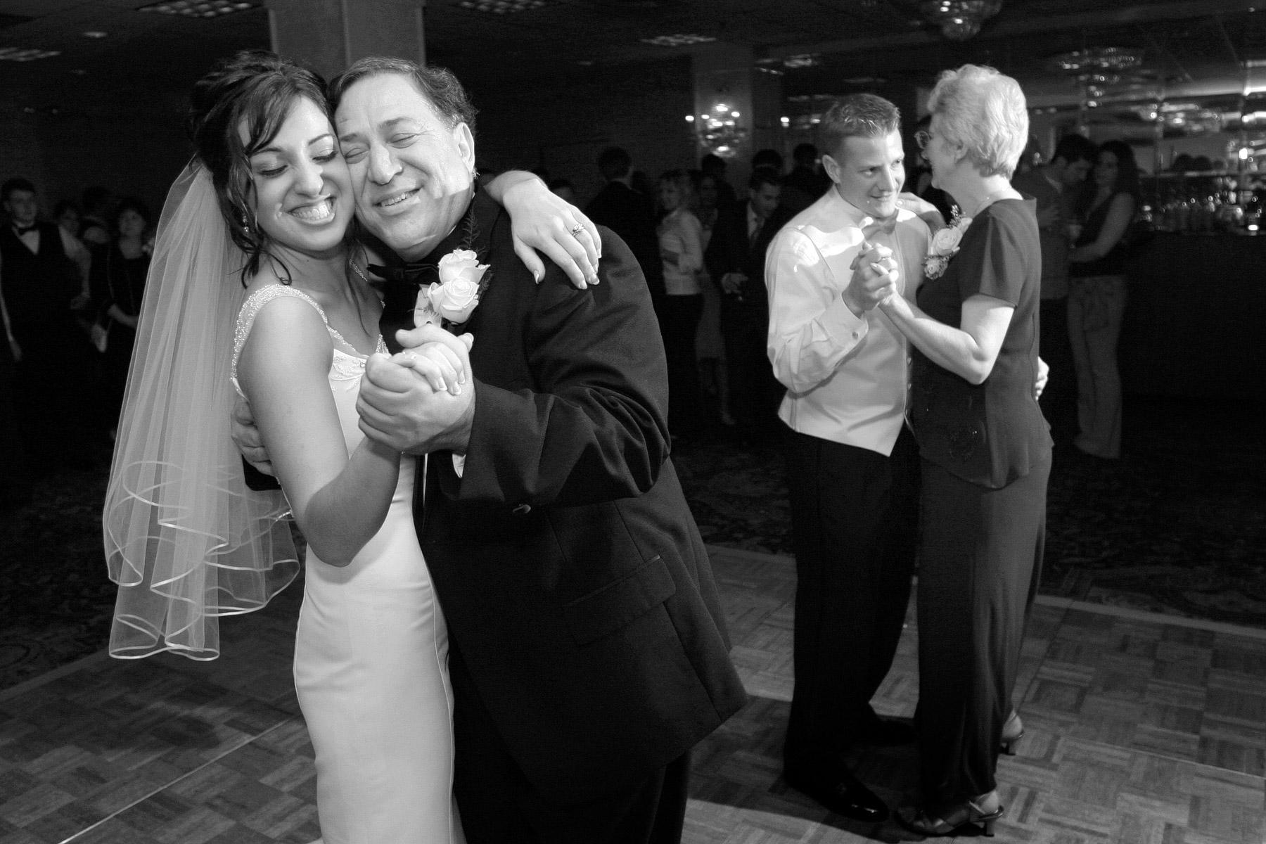 wedding-photography-saint-paul-mark-kegans-636.jpg